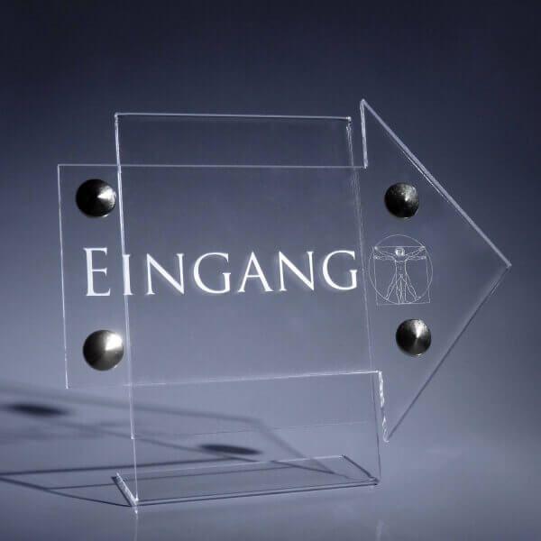 Eingangsschild Acrylglas klar in Pfeil Form
