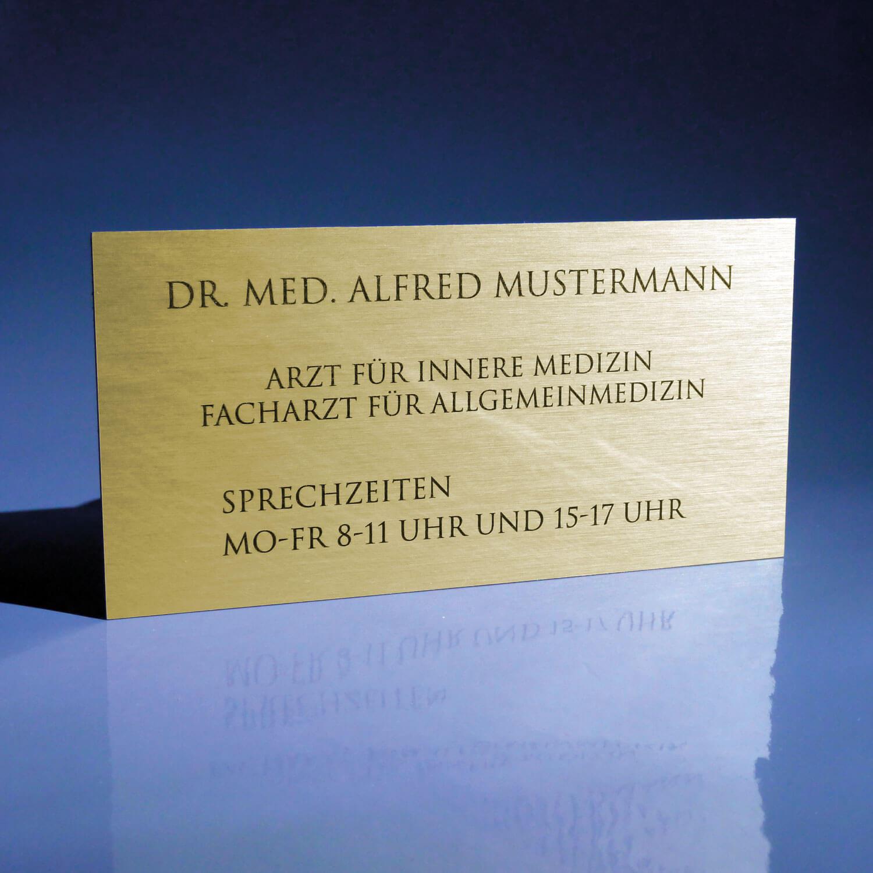 Werbeschilder24.de - Firmenschild für Ärzte